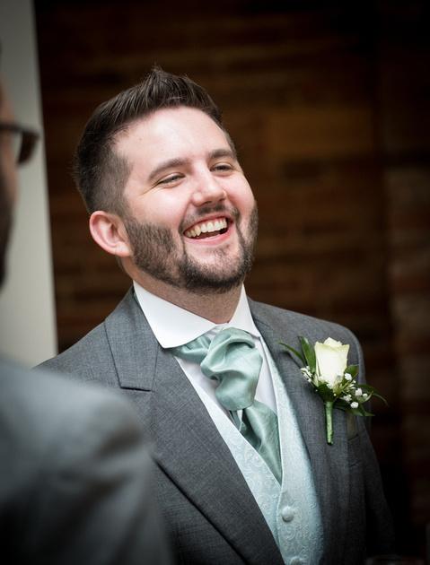Mythe Barn wedding photographer Warwickshire