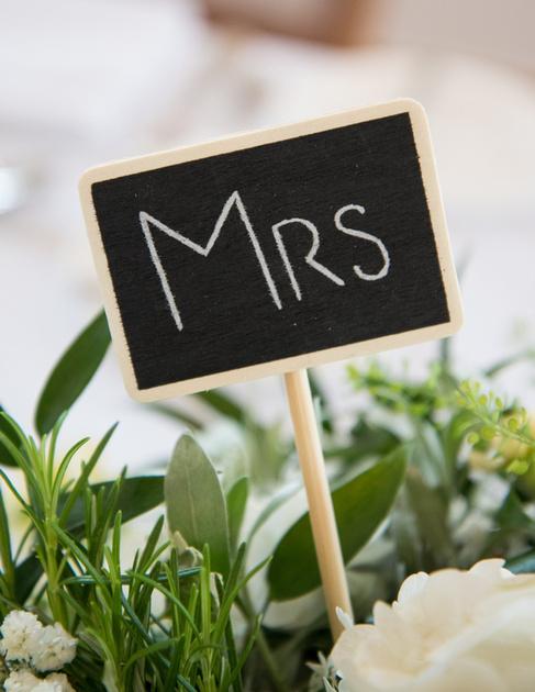 Wedding Photographer Mythe barn